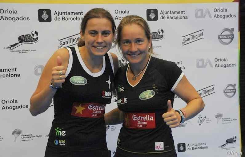 Carolina_Navarro_y_Cecilia_Reiter_campeonas_del_mundo_de_padel