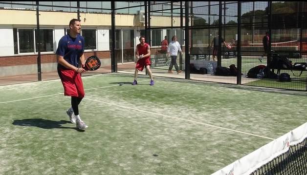 Día de pádel para el primer equipo del Barça de Basket