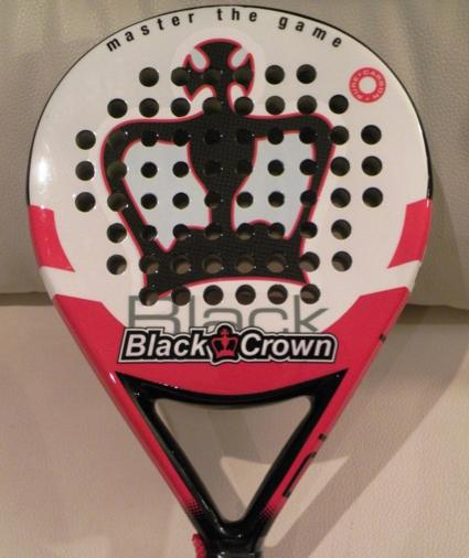 PadelBarcelona analiza los modelos Black Crown Lucky y Black