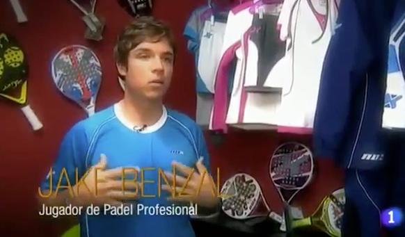 TVE con el jugador NOX Jake Benzal y la moda en el padel