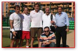 Torneo de padel con ex-futbolistas profesionales