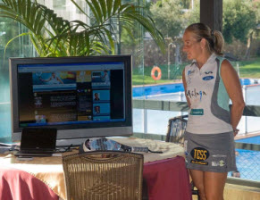 Carolina Navarro presenta su nueva web 2.0