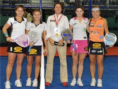 Carolina Navarro y Alejandra Salazar campeonas del master padel 2009