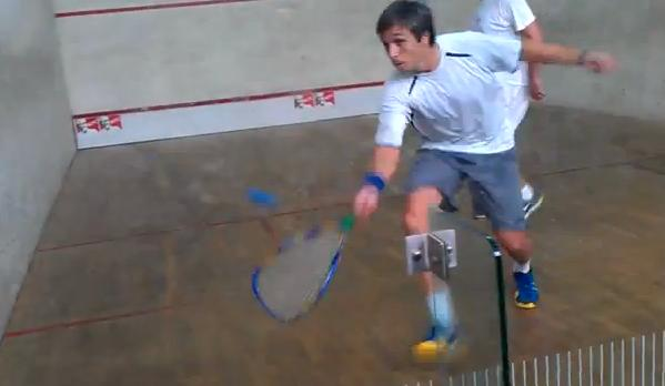 Fernado Belasteguín jugando al Rapidbal Squash