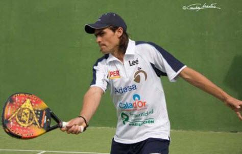 Juani Mieres firmó y juega el Padel Pro Tour