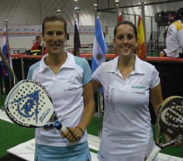 María Wakonigg y Ana Fernández de Osso camponas del mundo de padel 2008