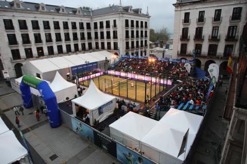 Plaza portada padel pro tour Santander