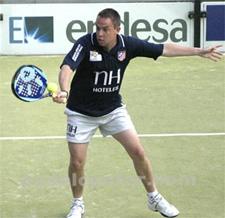 El número 5 de padel, Gabriel Reca, en el torneo de palma con UNICEF